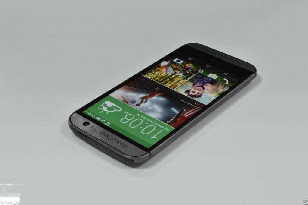 Дисплей смартфона HTC One M8
