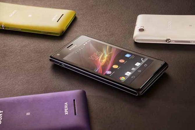 Бюджетный смартфон Sony