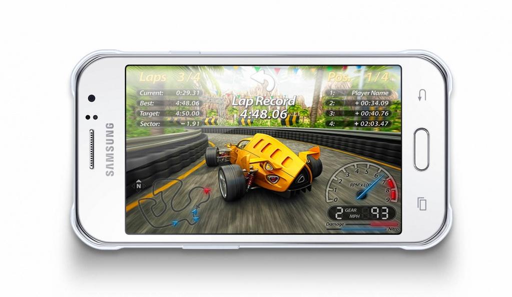 Игра на смартфоне Samsung Galaxy J5